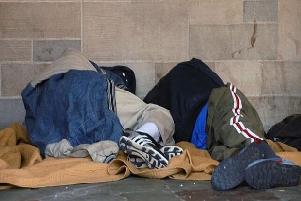 Ostrożny start pomocy prawnej dla ubogich