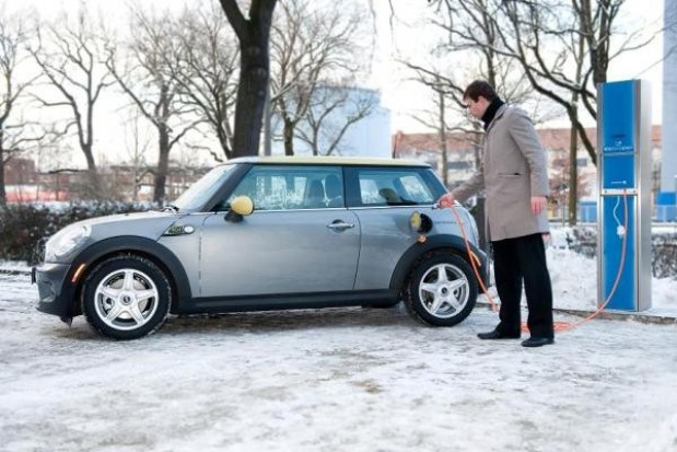 Rosną opłaty za rejestrację pojazdów
