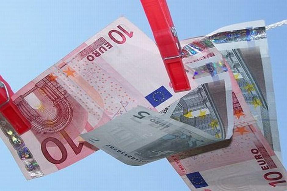Mistrzowie w ściąganiu unijnej kasy