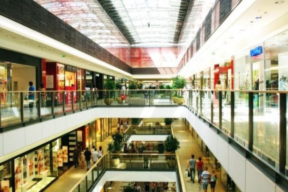 Średnie miasta przyciągają centra handlowe