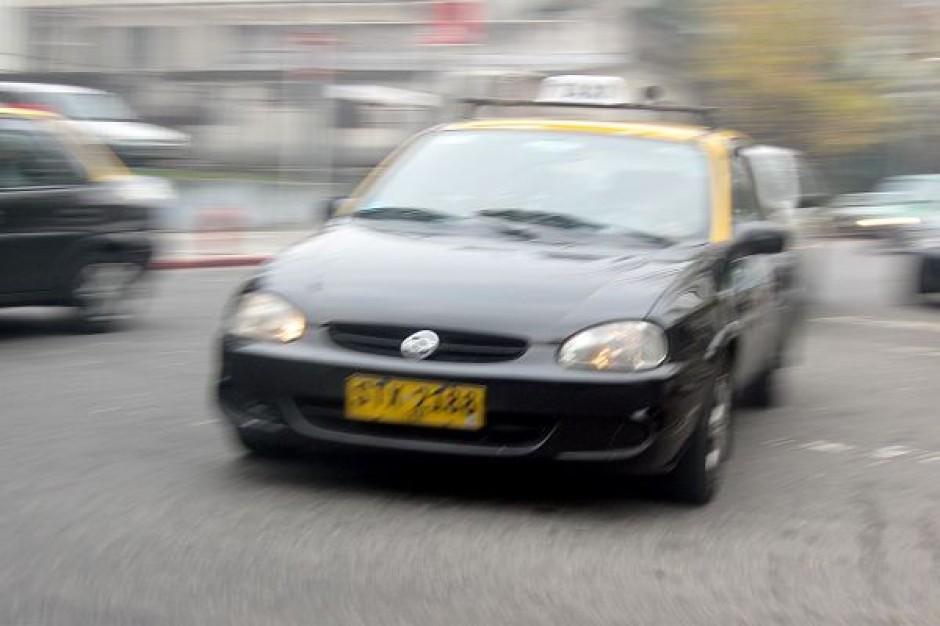 Warszawa prześwietliła taksówkarzy
