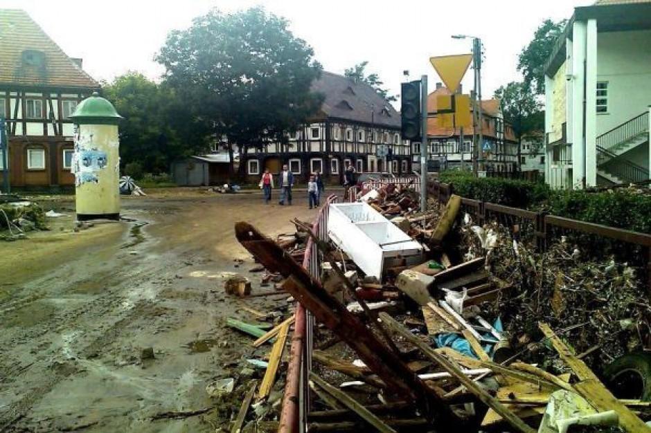 Polska znów po powodzi. Tusk o specpomocy i przeglądzie zbiorników wodnych