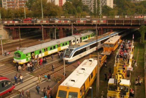 Inwestycje w tramwaje i kolej zamiast drugiej linii metra