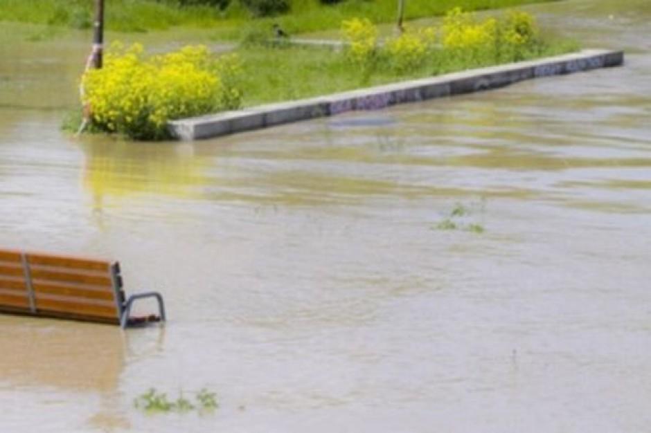 Wały i zbiorniki retencyjne nie uchronią nas przed powodzią