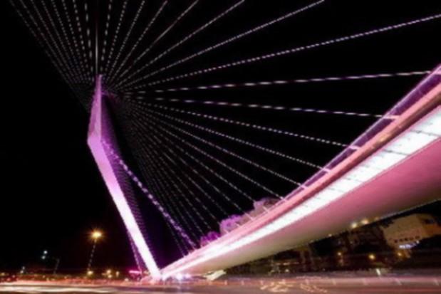 Most Świętokrzyski rozbłyśnie na różowo