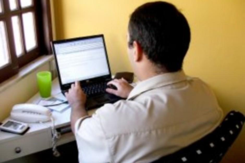 Resort gospodarki chce uczyć e-administracji