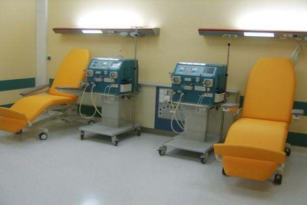 Szpitale mają mniejsze długi