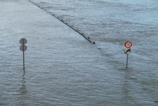 Powodzianie nie mieszkają w kontenerach