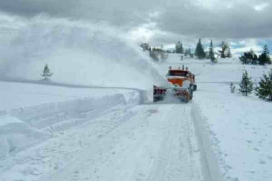 Kilkaset mln zł na walkę ze skutkami zimy