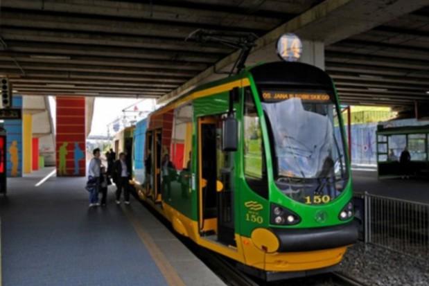 Szybkim tramwajem na dworzec zachodni
