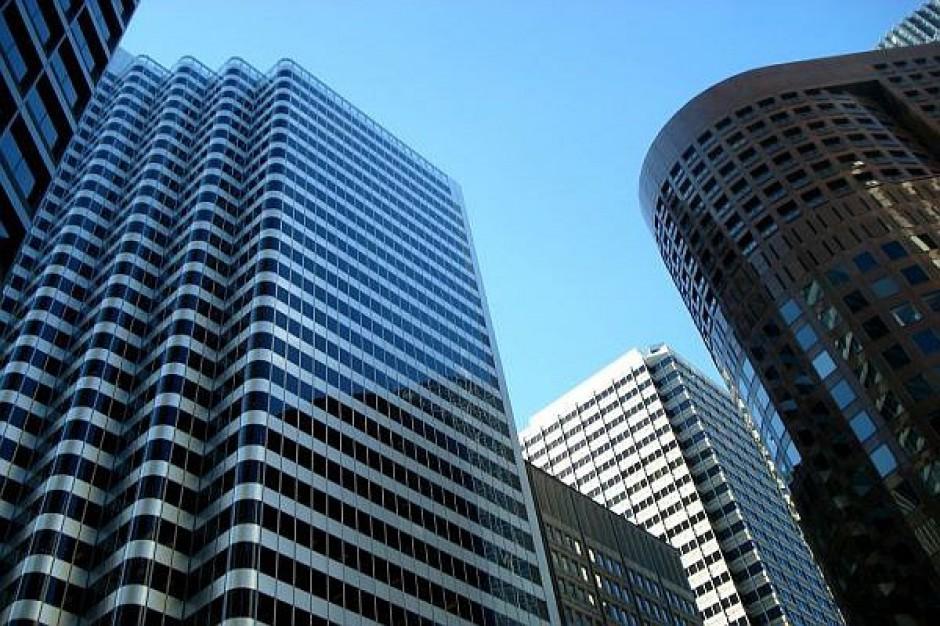Aglomeracje budują nowoczesne biurowce