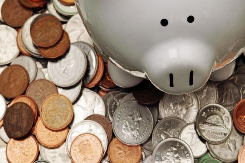 Samorządy bardziej oszczędzają