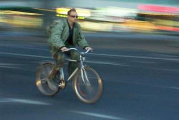 Gdy rowerzystom wiatr w oczy...
