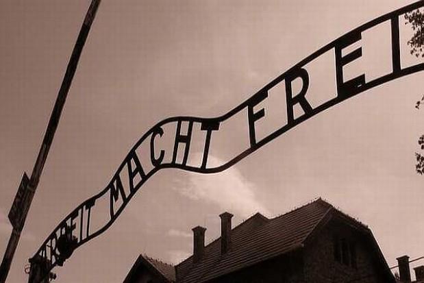 Pierwszy samorząd wspiera Auschwitz-Birkenau