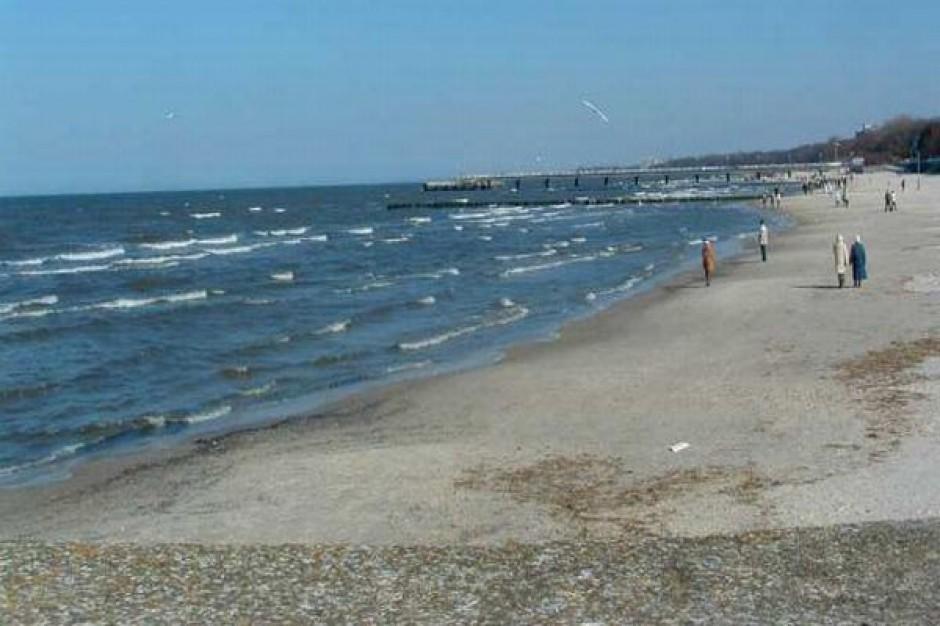 Plaża pełna niewybuchów
