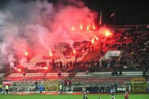 Euro 2012: Poprawia się stan bezpieczeństwa na stadionach
