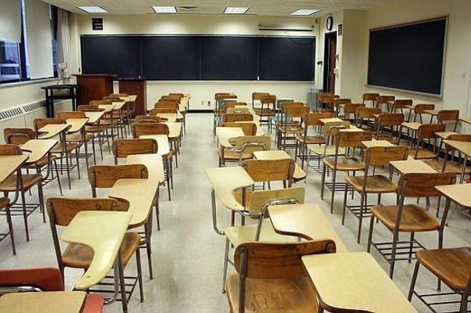 Projekt uchwały przeciw likwidacji szkół