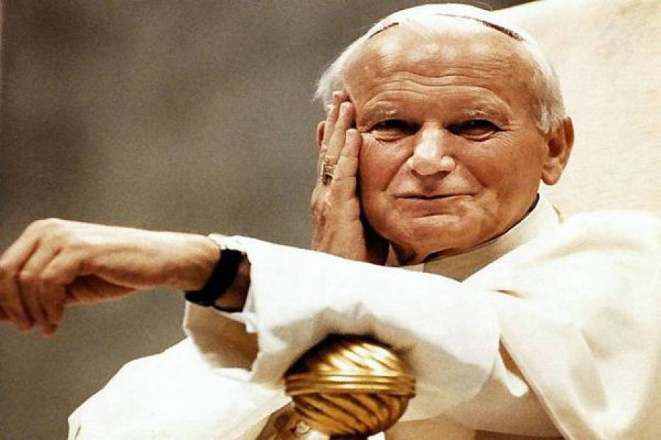 Od kwietnia do czerwca obchody związane z papieżem