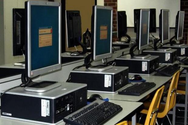 Internet za 300 mln euro
