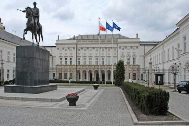 Posprzątali pod Pałacem Prezydenckim