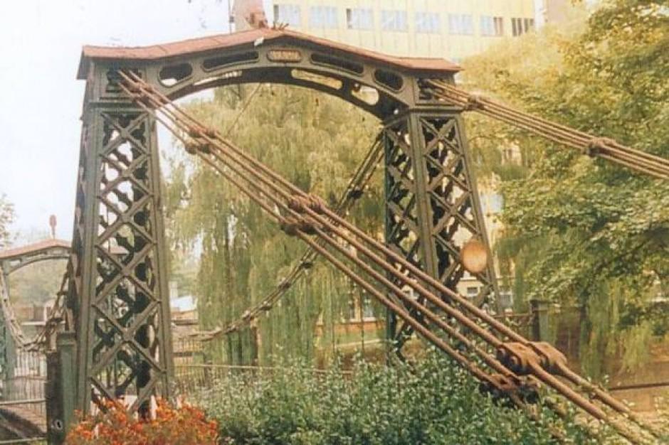 Odmłodniał najstarszy żelazny most w Europie