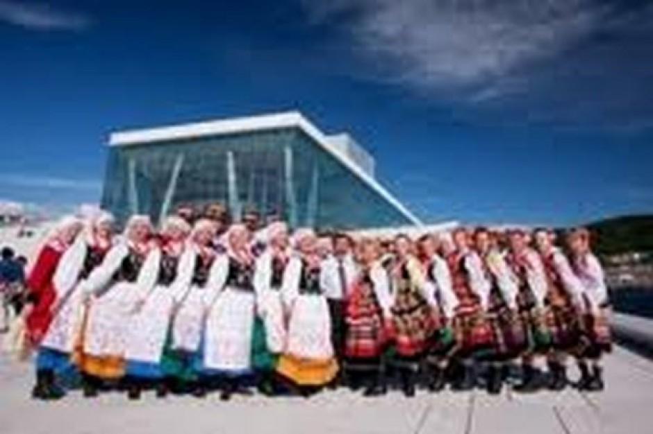 W lipcu XV festiwal polonijnych zespołów folklorystycznych