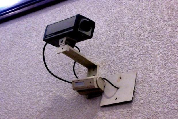 Kamery podglądają śmieciarzy