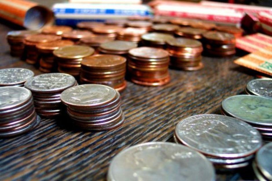 Ile zarabiają lokalni urzędnicy
