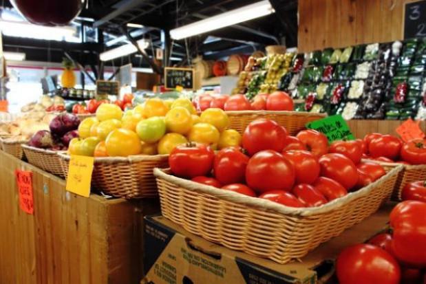 Na targowiskach głównie polskie warzywa