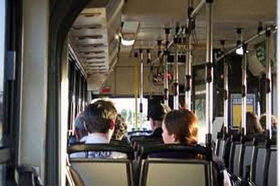 Nowoczesne automaty biletowe w łódzkich autobusach