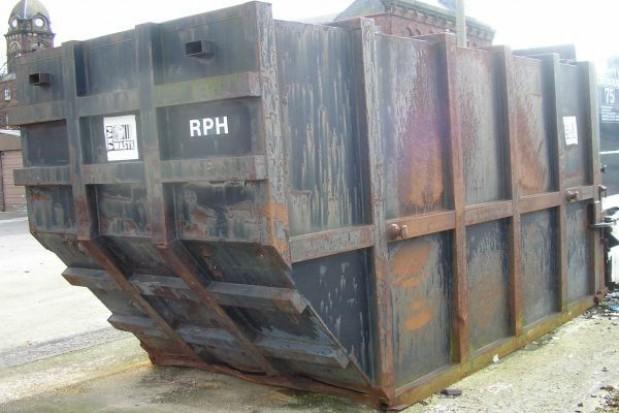 Opłata za wywóz śmieci nie może być zerowa