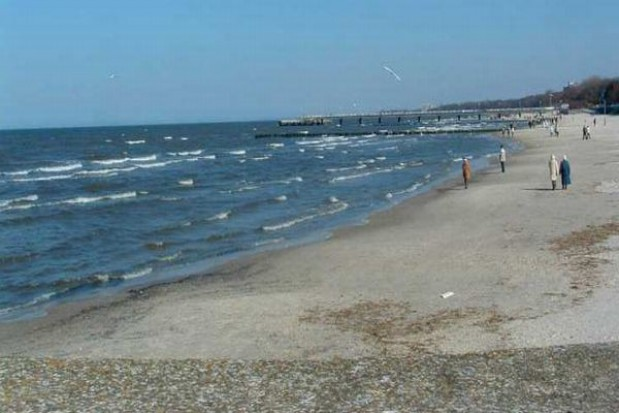 Polskie kąpieliska i plaże są brudne