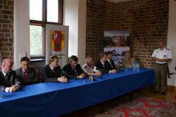 Debata o służbach i Euro 2012. Zobacz film