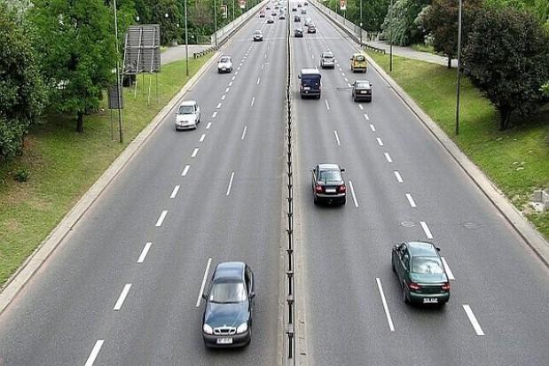 Wielka klapa z e-mytem na drogach