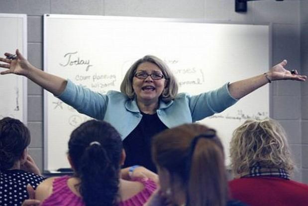 Zawirowania ze średnim wynagrodzeniem nauczycieli
