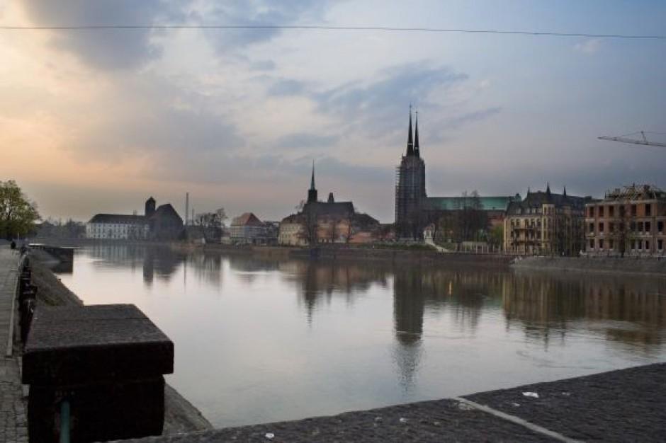 Wrocławski magistrat sprzedaje urzędy