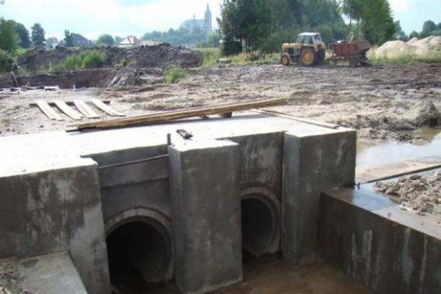 Dali na dokończenie zbiornika przeciwpowodziowego