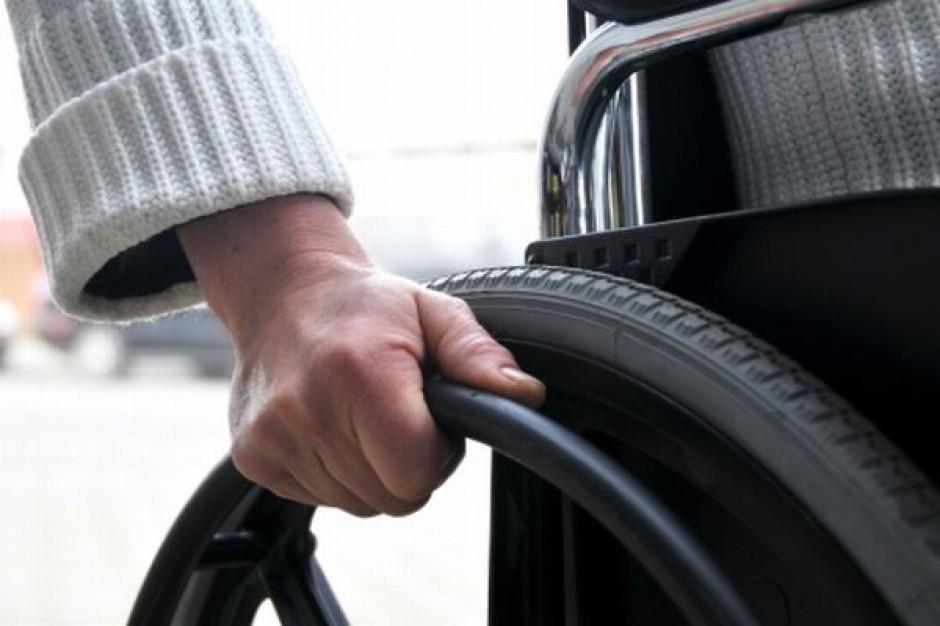 Przesyłki ważniejsze od niepełnosprawnych
