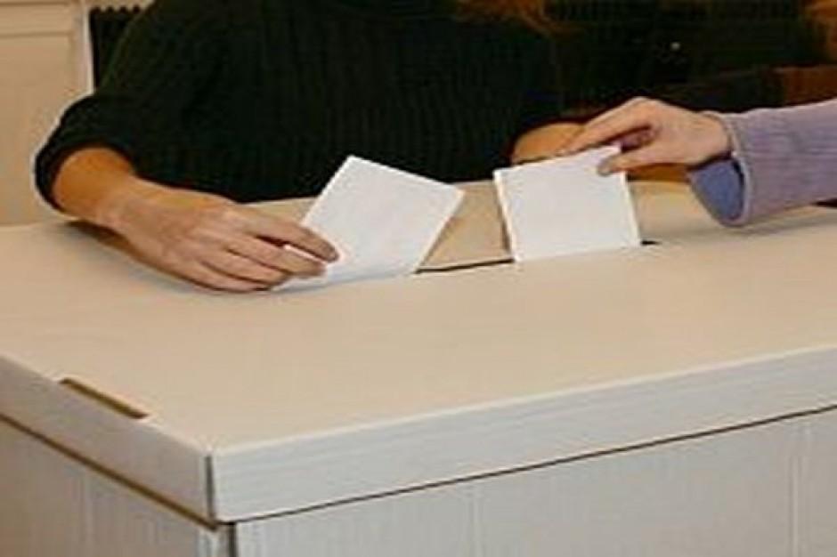Listy zarejestrowane do Sejmu: Krosno - 10, Rzeszów - 8