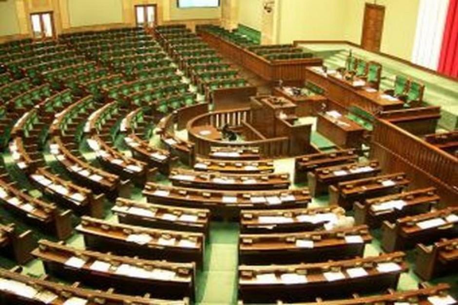 Zarejestrowano osiem list kandydatów do Sejmu