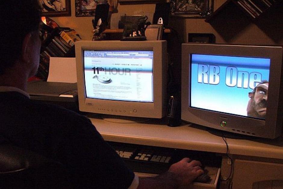 Komputery dla bibliotek ze wsi i miasteczek