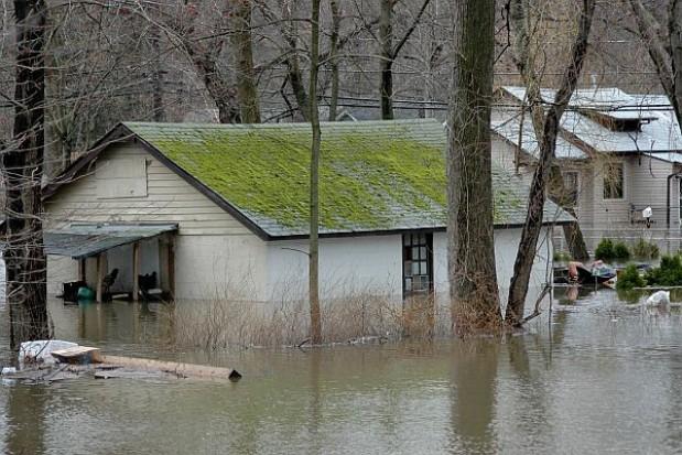 Zasiłki i odbudowa zniszczeń po klęsce żywiołowej
