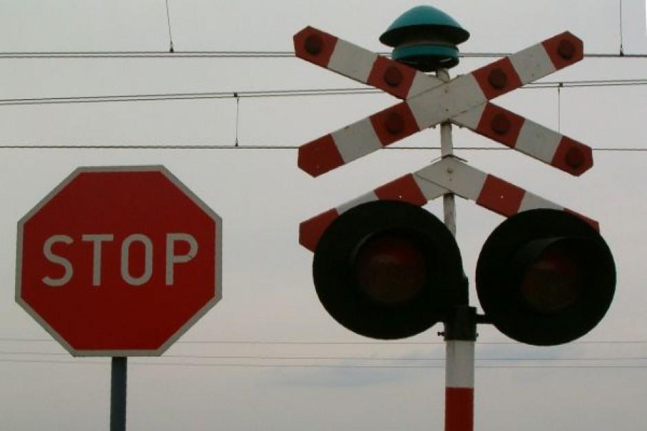 Związki kolejowe grożą protestem