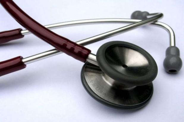Pikieta lekarzy przed urzędem