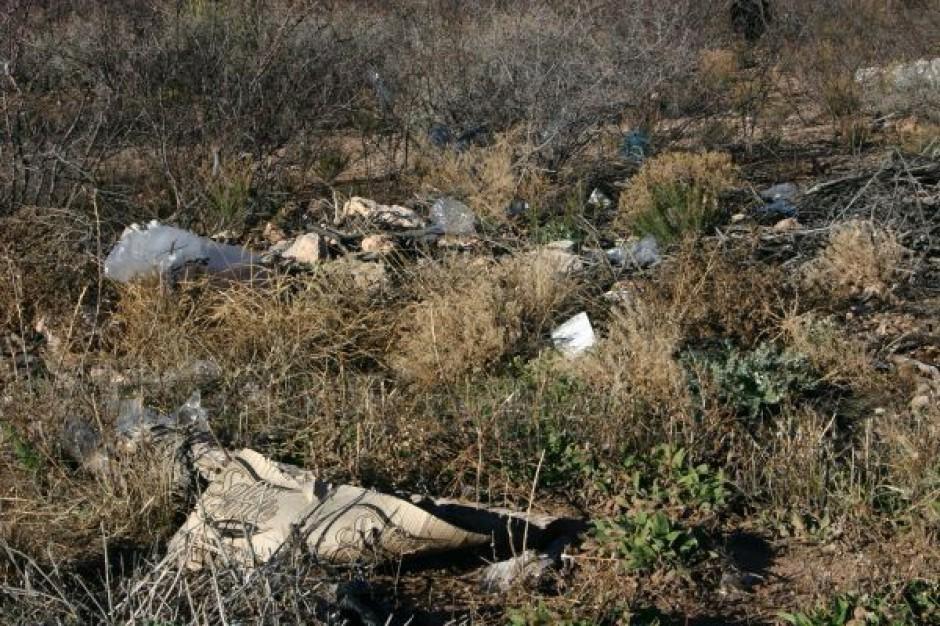 Śmieci na głowie gmin