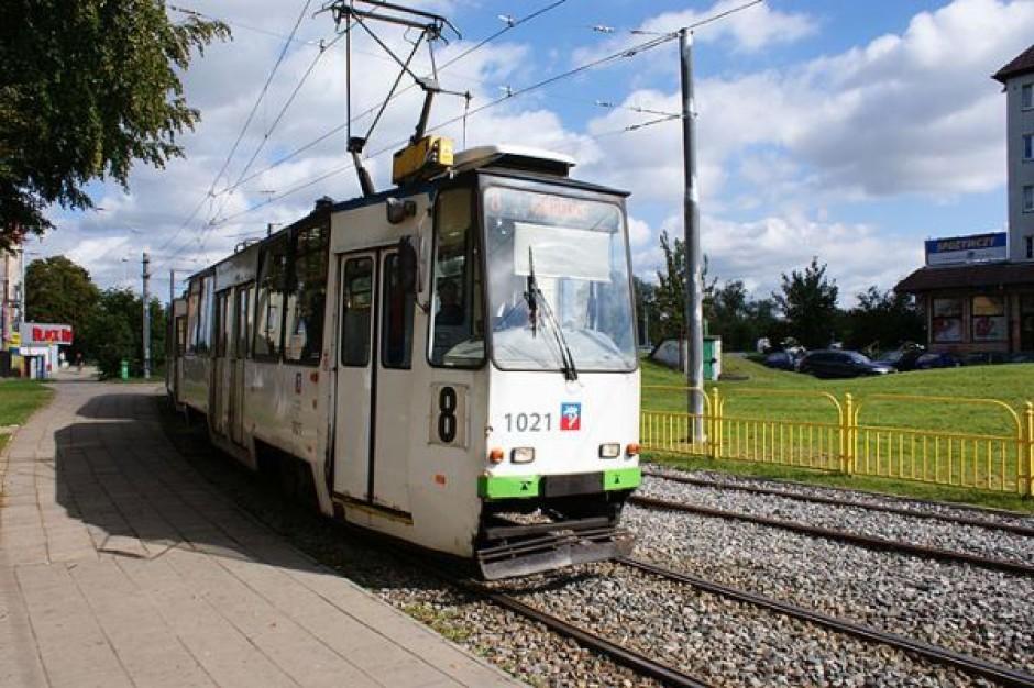 Nowy tramwaj w pobliżu Mierzyna
