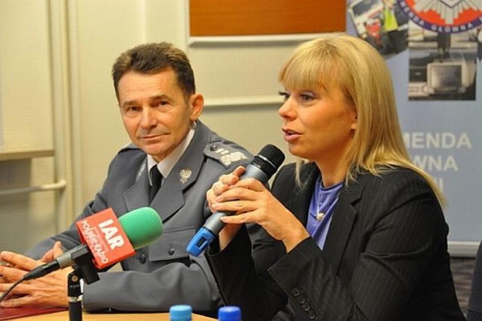Minister Bieńkowska w trosce o dzieci