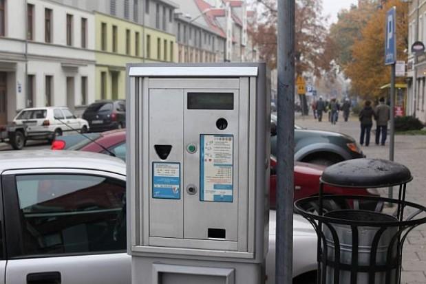 Prezydent nie chce parkomatów