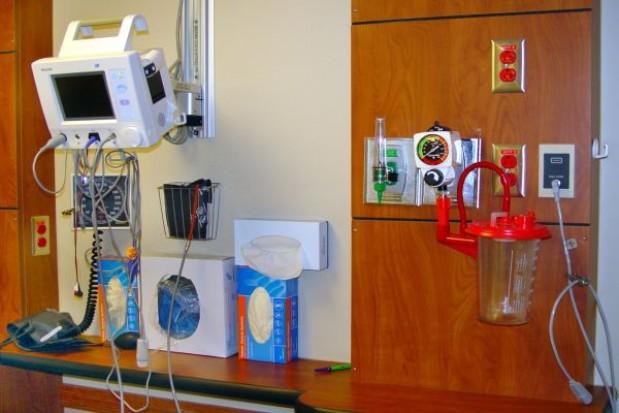 Kłopoty ze szpitalami jednego dnia