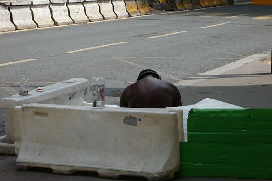 Bezrobotni ratują deficyt